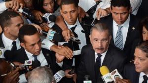 Danilo-Medina-Cuando-la-gente-se-sienta-abrumada-acuda-a-Dios